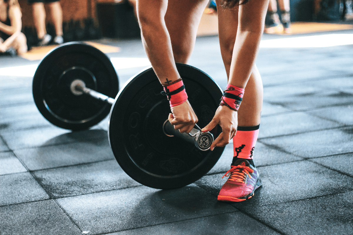 clipping weight on barbell
